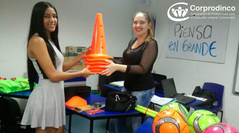 """Niños, niñas y adolescentes del proyecto Piensa en Grande, ganan iniciativa social """"Escuela Deportiva Fútbol Club Los Menores"""""""