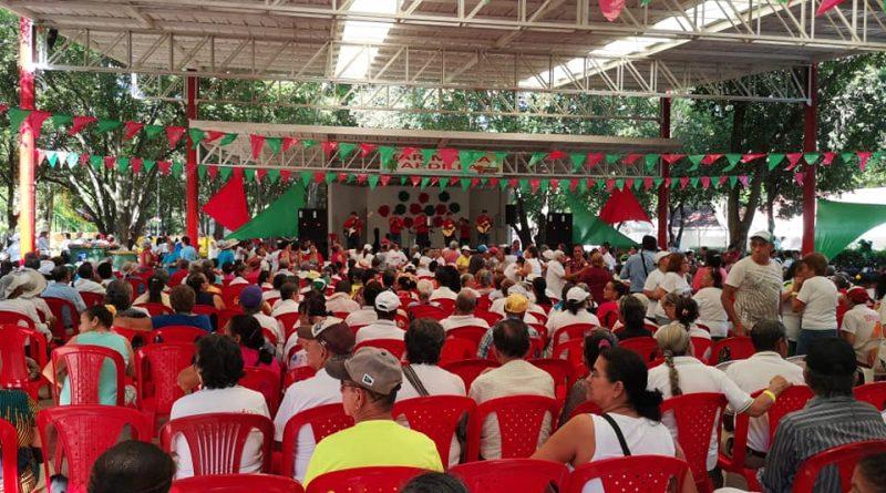 Al son de la carranga los Adultos Mayores del municipio de Los Patios terminaron sus encuentros en el 2018